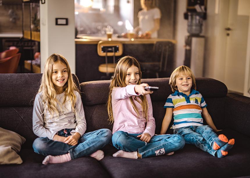 Τελικά, πόση ώρα κάνει να βλέπει ένα παιδάκι τηλεόραση; | tlife.gr