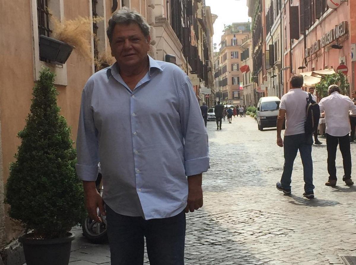 Γιώργος Παρτσαλάκης: Επέστρεψε στη δουλειά μετά το ατύχημα που είχε στο πόδι του