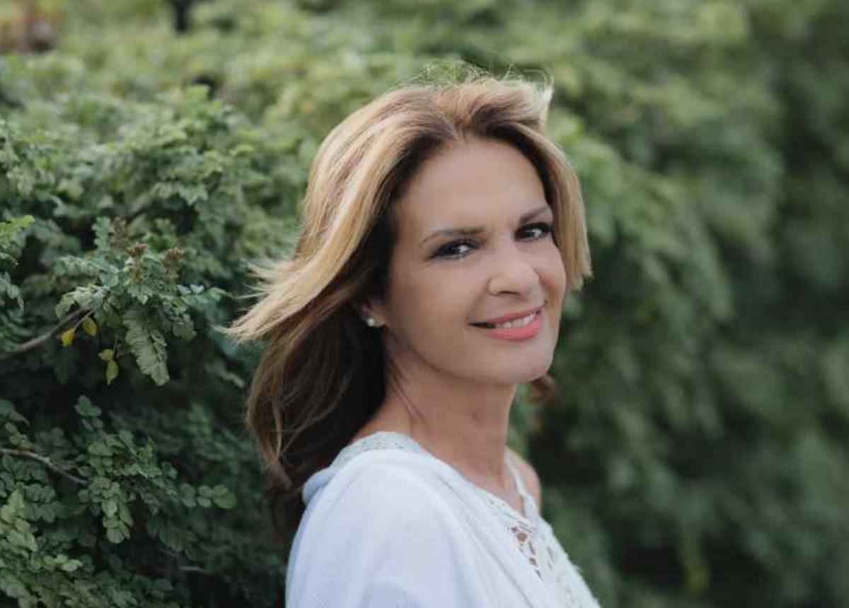 Πέγκυ Σταθακοπούλου: Σπάνια κοσμική έξοδος με την κόρη της! | tlife.gr