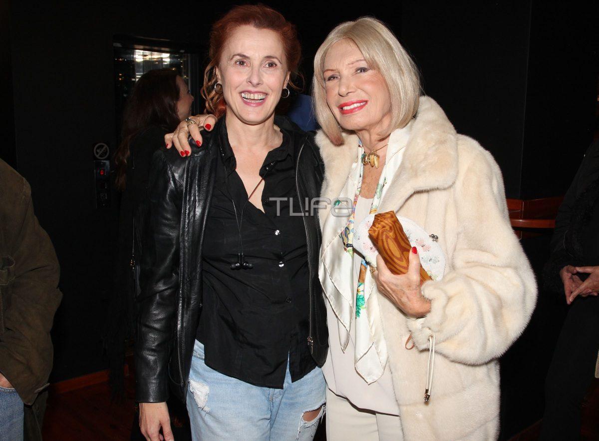 Ρίκα Διαλυνά: Στα 86 της είναι μια κούκλα! Φωτογραφίες από βραδινή της έξοδο | tlife.gr