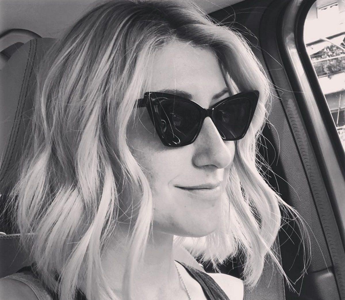 Ριζική αλλαγή για τη Σία Κοσιώνη! Έκοψε τα μαλλιά της κοντά [pics] | tlife.gr