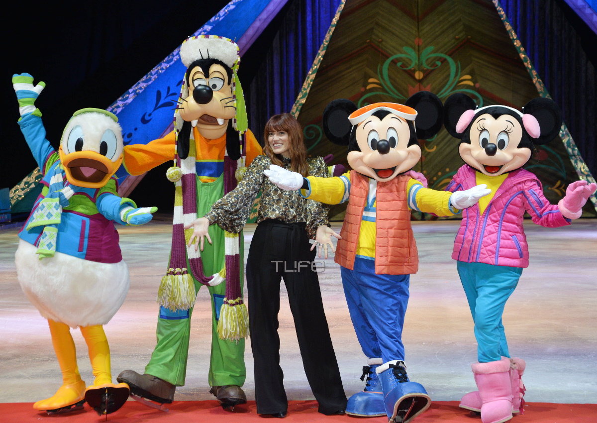 """Μαίρη Συνατσάκη: Μας ξενάγησε στον μαγευτικό κόσμο του """"Disney on Ice – Frozen"""" [pics]"""