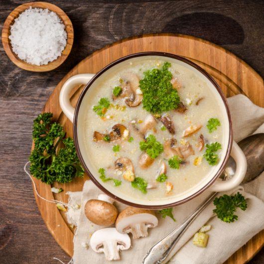 Ζεστή μανιταρόσουπα | tlife.gr