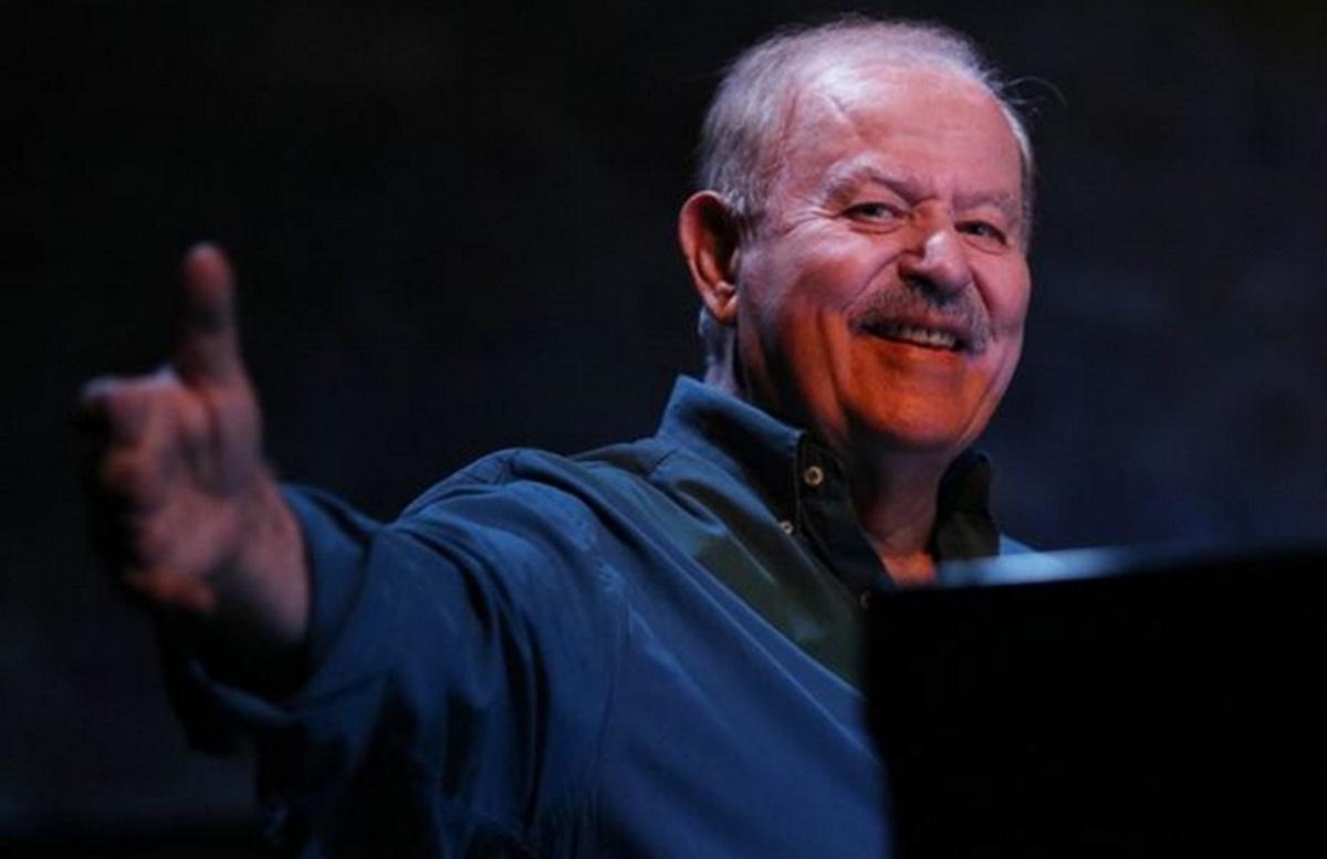 Γιάννης Σπανός: Πέθανε στον ύπνο του – Ο άνθρωπος που βρήκε νεκρό τον σπουδαίο μουσικοσυνθέτη