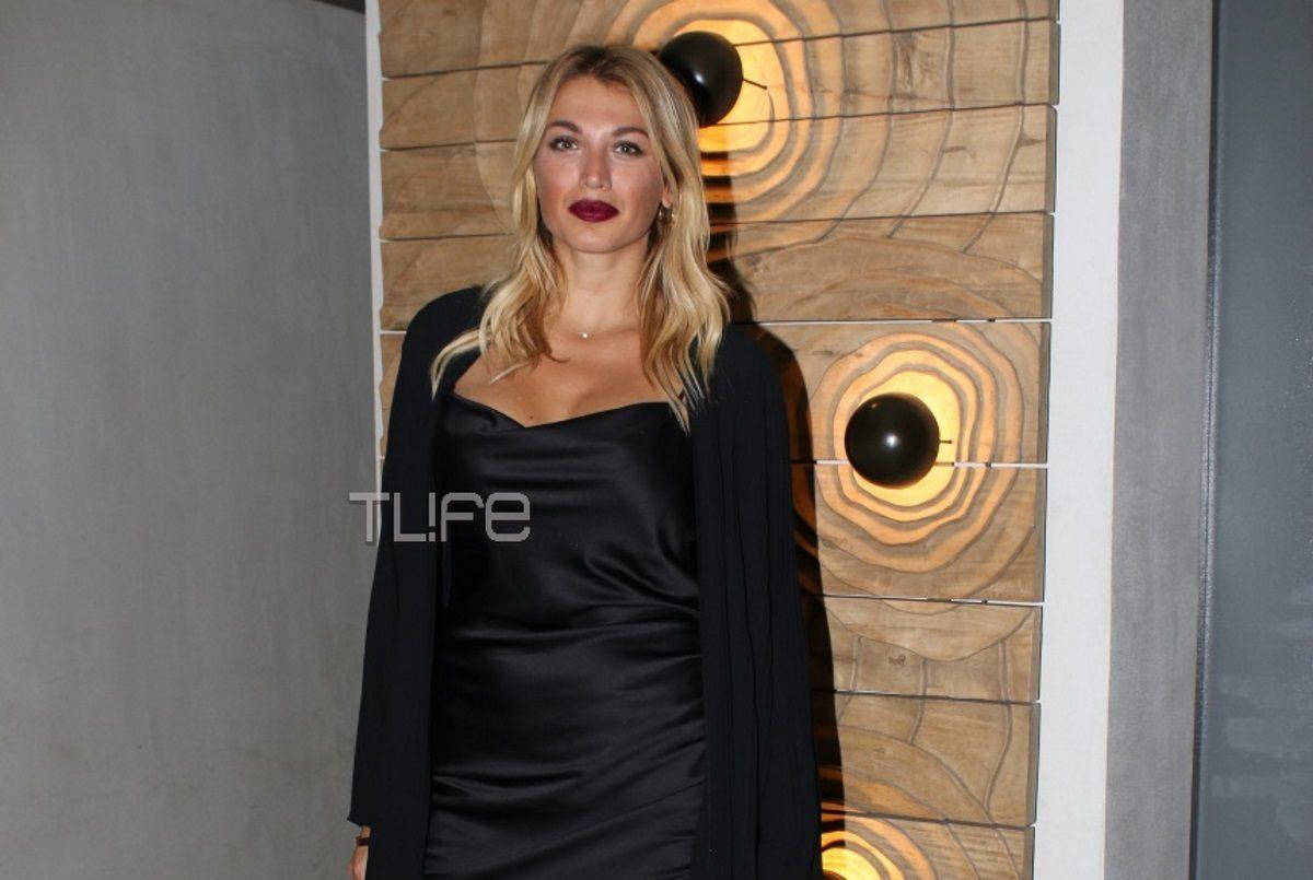 Κωνσταντίνα Σπυροπούλου: Έβαλε «φωτιά» στη νύχτα, φορώντας κοντό μαύρο φόρεμα! [pics] | tlife.gr