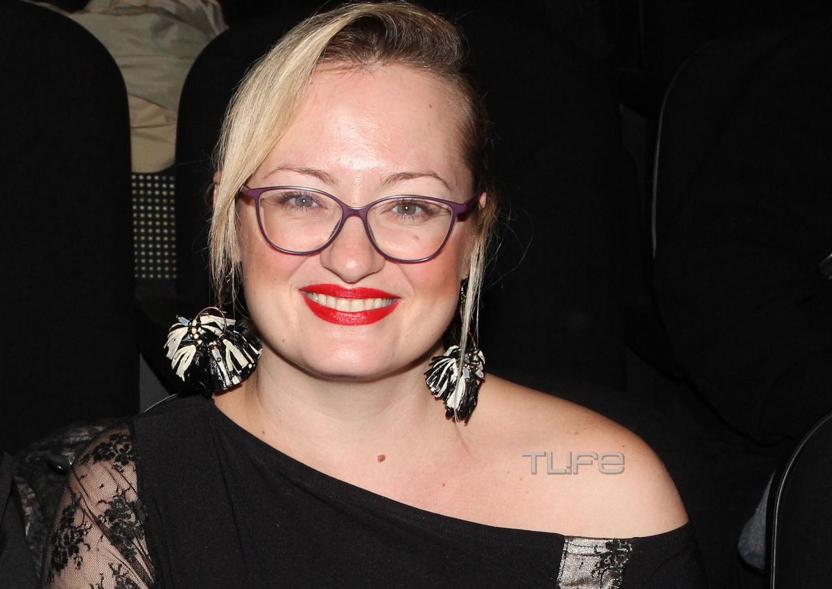 Η γοητευτική κυρία της φωτογραφίας είναι σύντροφος αγαπημένου Έλληνα ηθοποιού!