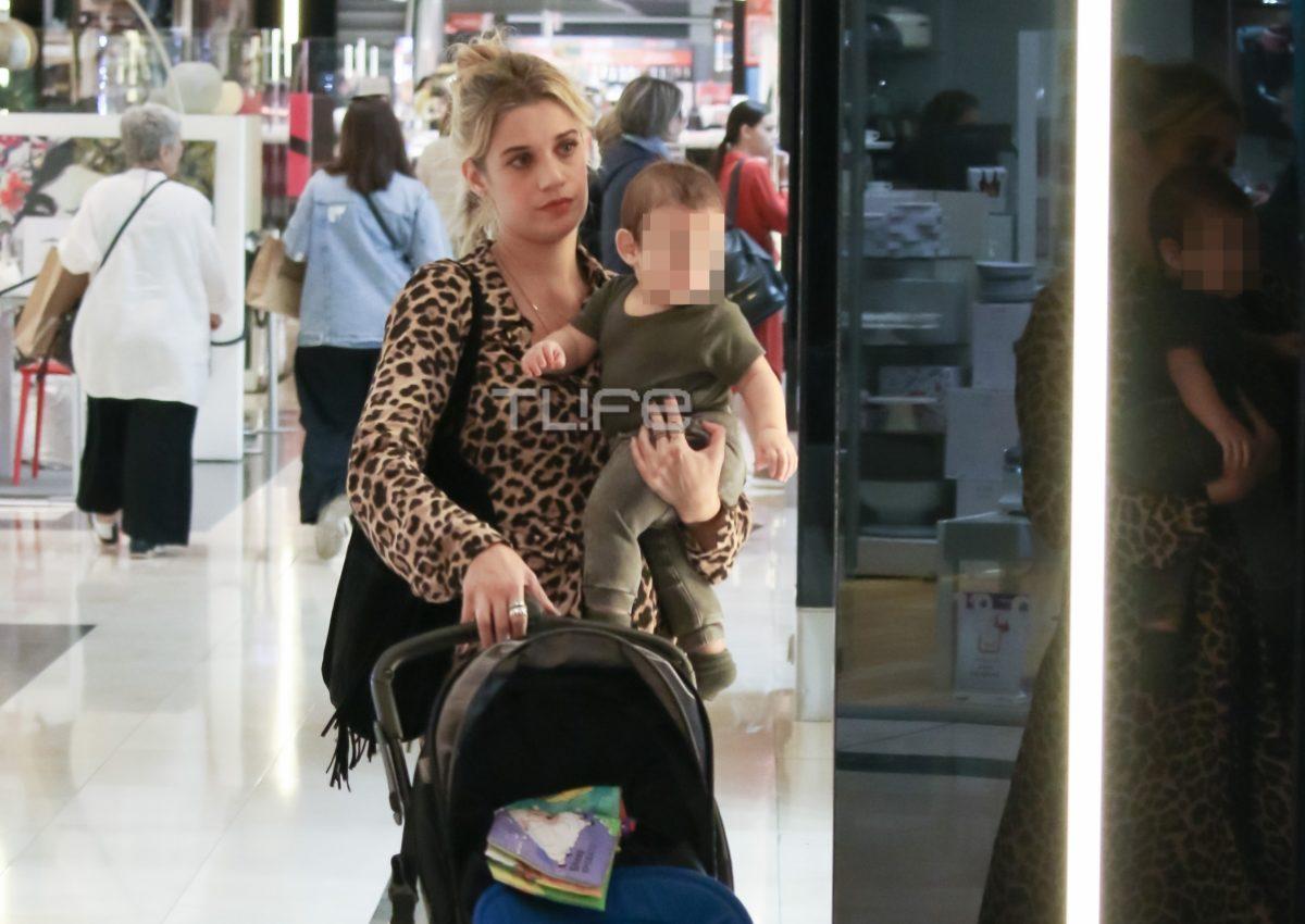 Τζένη Θεωνά: Φθινοπωρινές αγορές με τον 7 μηνών γιο της! [pics] | tlife.gr