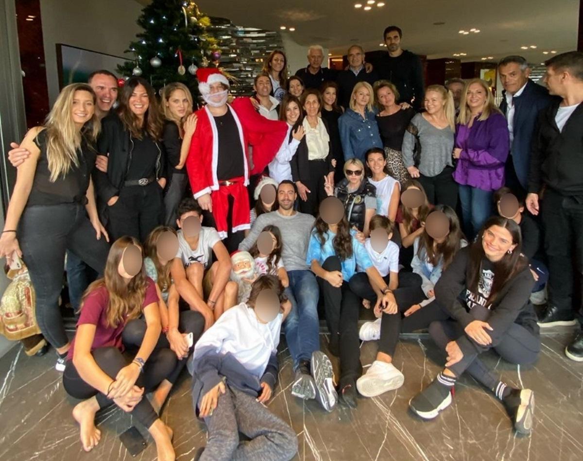 Μαρίνα Βερνίκου: Το μεγάλο πάρτι που διοργάνωσε για τους φίλους της για να στολίσουν το χριστουγεννιάτικο δέντρο! [pics,vids]