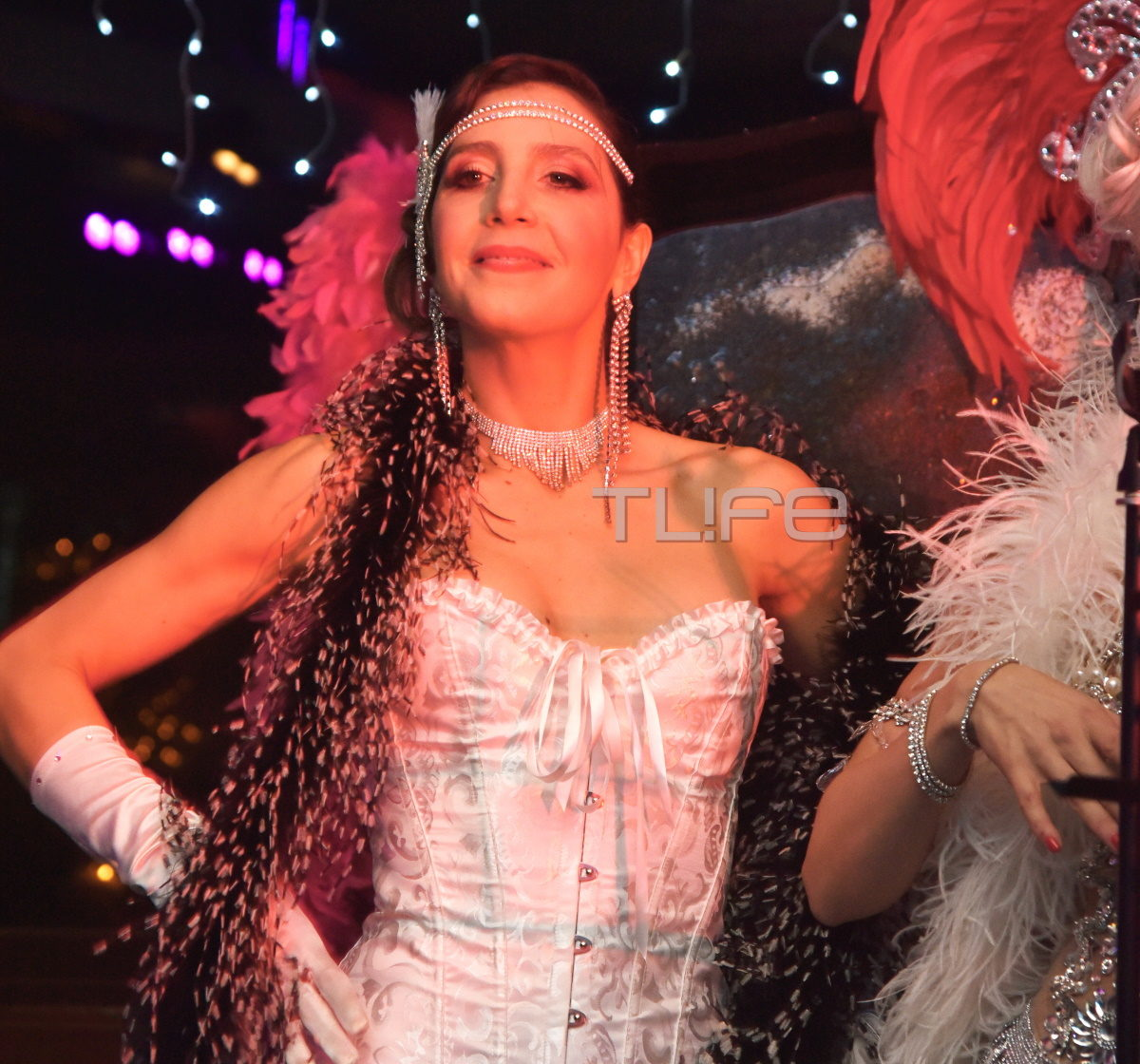 Mαρία Ελένη Λυκουρέζου: Χόρεψε σε καμπαρέ show και ήταν απλά υπέροχη! Φωτογραφίες   tlife.gr