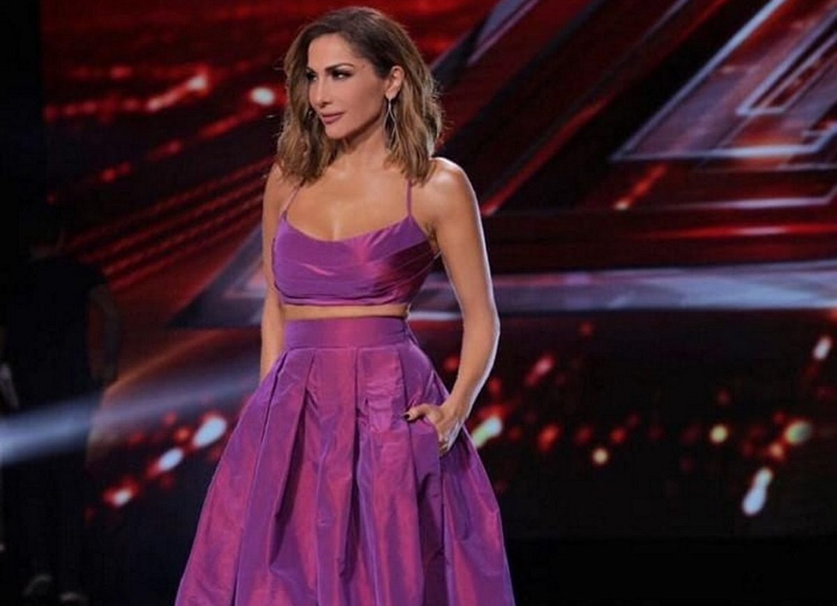 Δέσποινα Βανδή: Η εντυπωσιακή της εμφάνιση στο χθεσινό X-Factor και το τεχνικό λάθος! [pics,vid] | tlife.gr