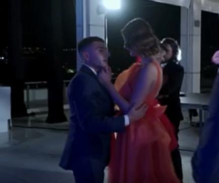 Άννα Μάρια Ηλιάδου: Ο σύντροφός της, Τάσος, σχολιάζει την διαφορά ύψους τους! [video] | tlife.gr