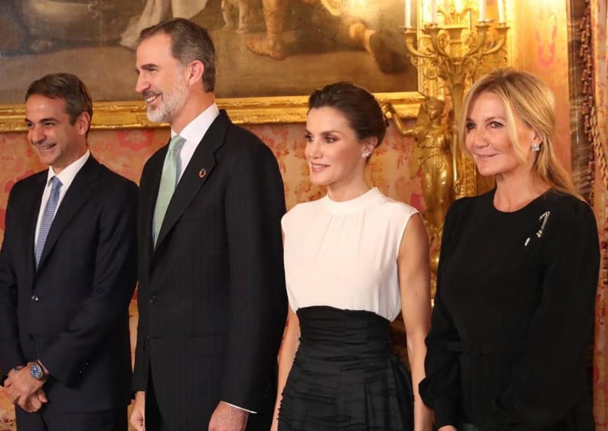 Μαρέβα Μητσοτάκη: Chic εμφάνιση στη συνάντηση με την Βασίλισσα Λετίσια στην Ισπανία! [pics]