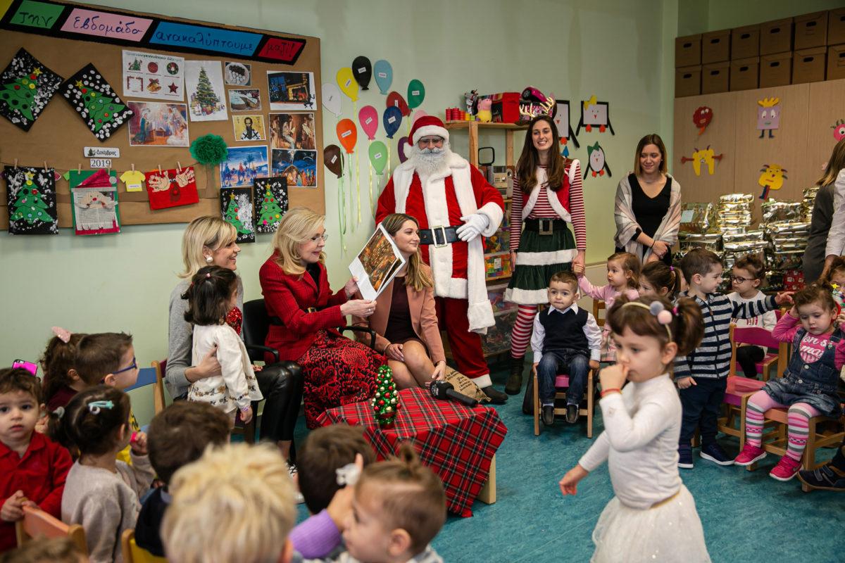 Κοντά στα παιδιά της Μάνδρας η Μαριάννα Βαρδινογιάννη! | tlife.gr