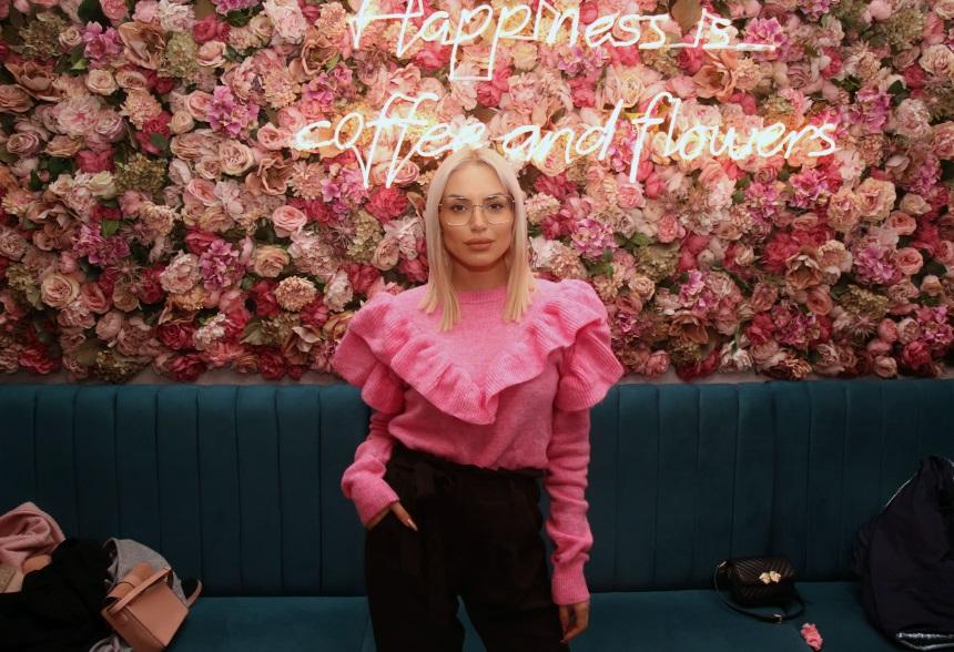 Οι celebrities σε ένα… ροζ πάρτι στην καρδιά της Αθήνας! Φωτογραφίες