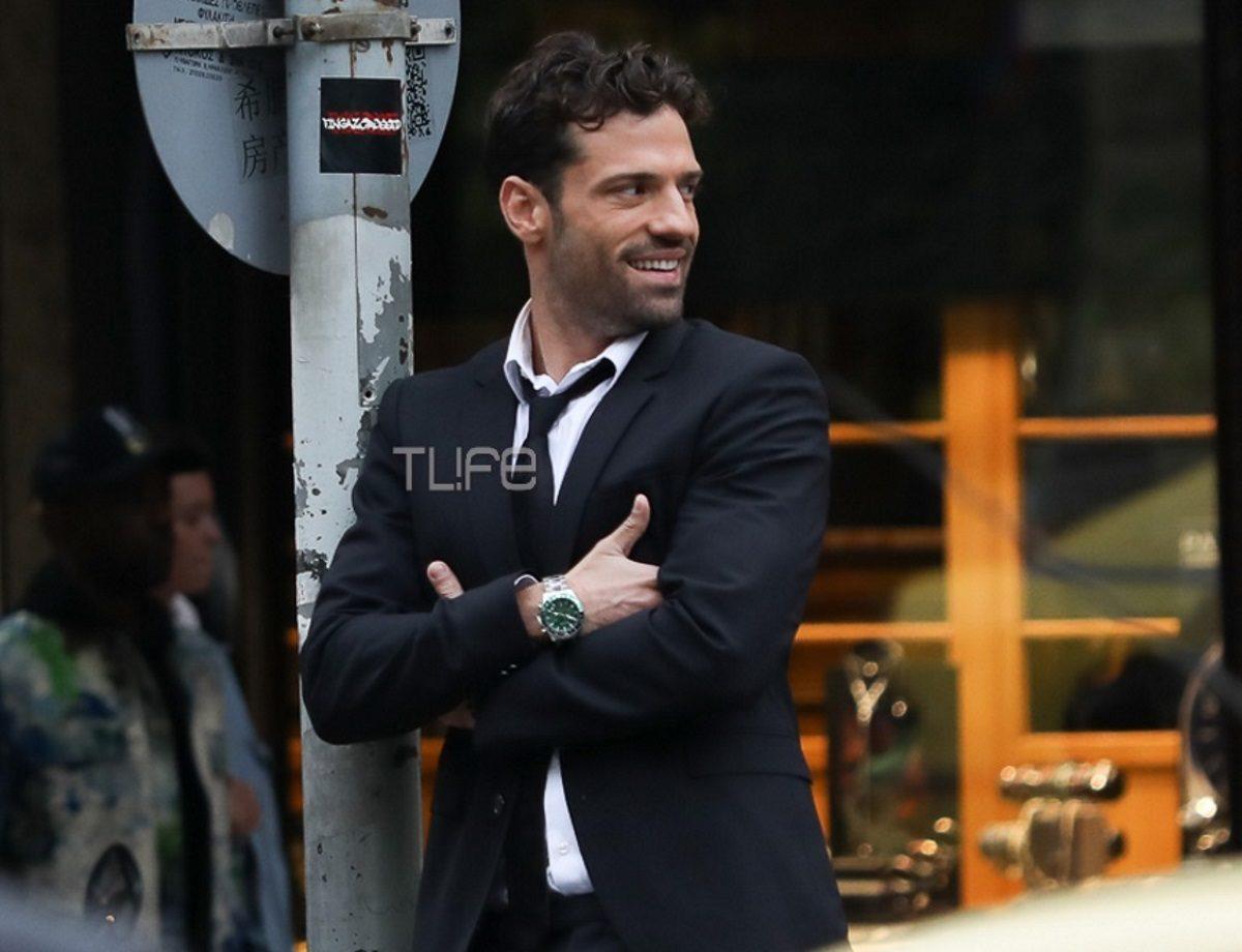 Κωνσταντίνος Αργυρός: Γιατί τρέχει στο Σύνταγμα, φορώντας κουστούμι και γραβάτα; Φωτογραφίες | tlife.gr