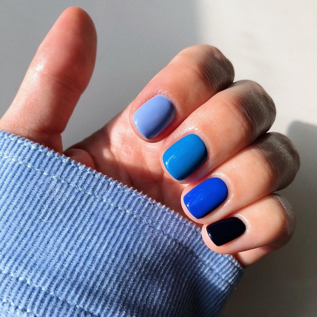 Gradient mani: όλοι στο instagram βάφουν τα νύχια τους με πέντε χρώματα αντί για ένα! | tlife.gr