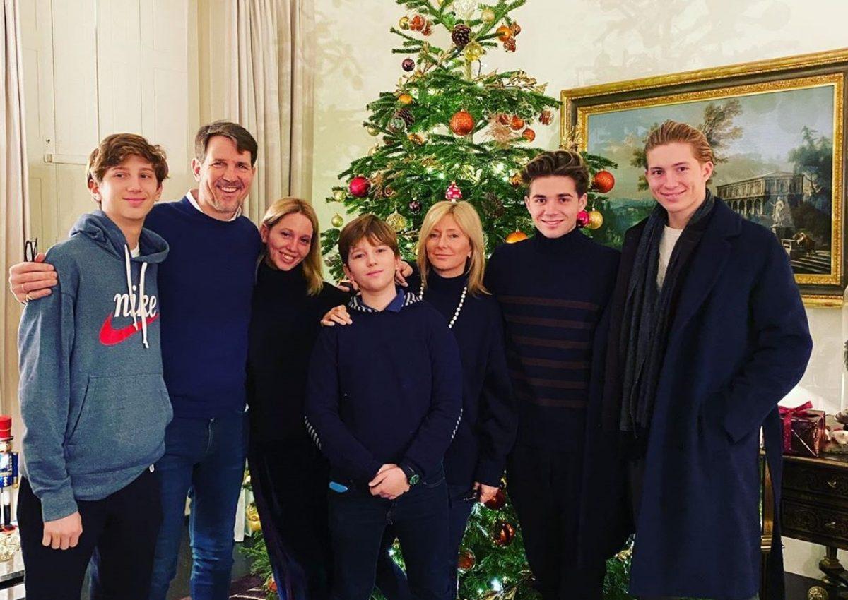 Marie Chantal – Παύλος: Το «κυνήγι της αλεπούς» και οι γιορτές με τα πέντε παιδιά τους! [pics] | tlife.gr