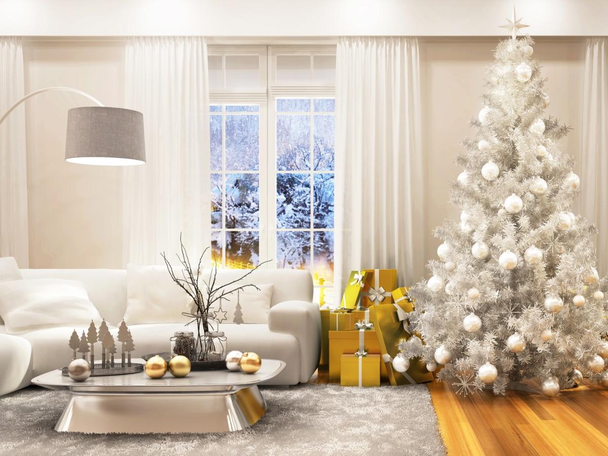 Χριστουγεννιάτικο δέντρο: Πώς να στολίσεις το δέντρο σου φέτος
