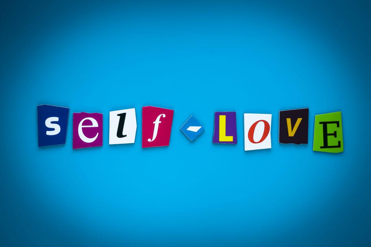 15 σημάδια που δείχνουν ότι δεν αγαπάς τον εαυτό σου | tlife.gr