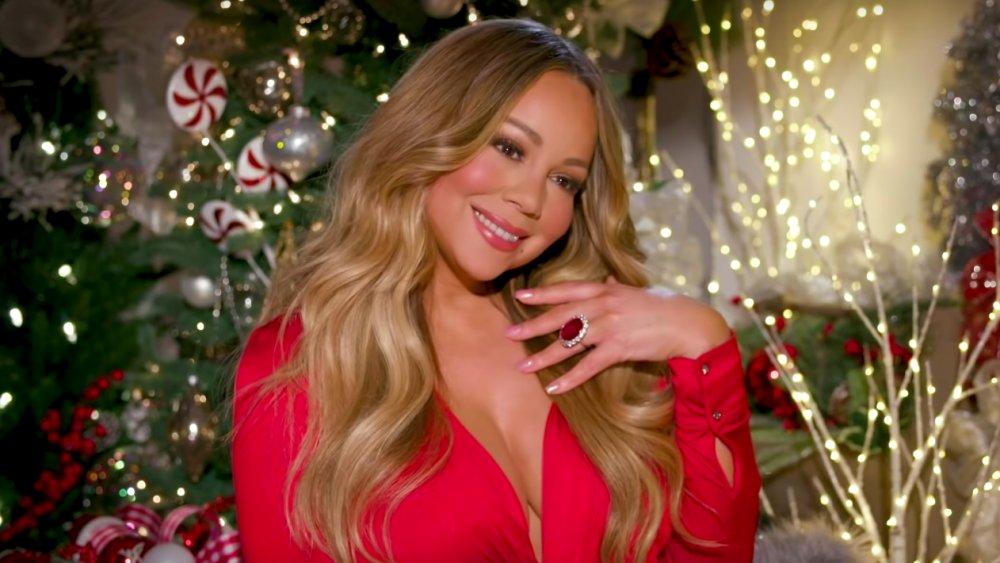 Mariah Carey: Ακόμη δεν πιστεύει την επιτυχία του θρυλικού τραγουδιού της «All I Want for Christmas Is You»! | tlife.gr