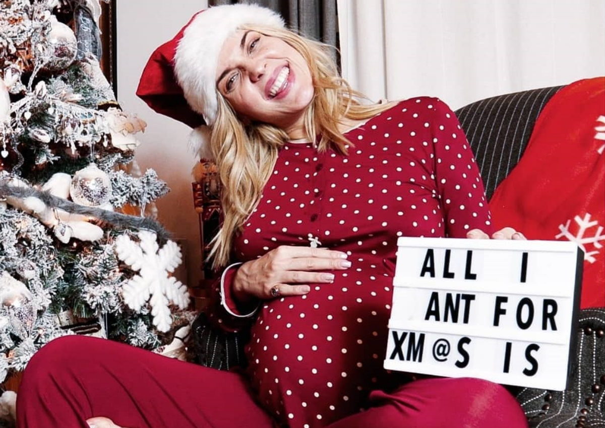 Μαντώ Γαστεράτου: Δες πόσο έχει φουσκώσει η κοιλίτσα της, 25 μέρες πριν γεννήσει! [pic] | tlife.gr