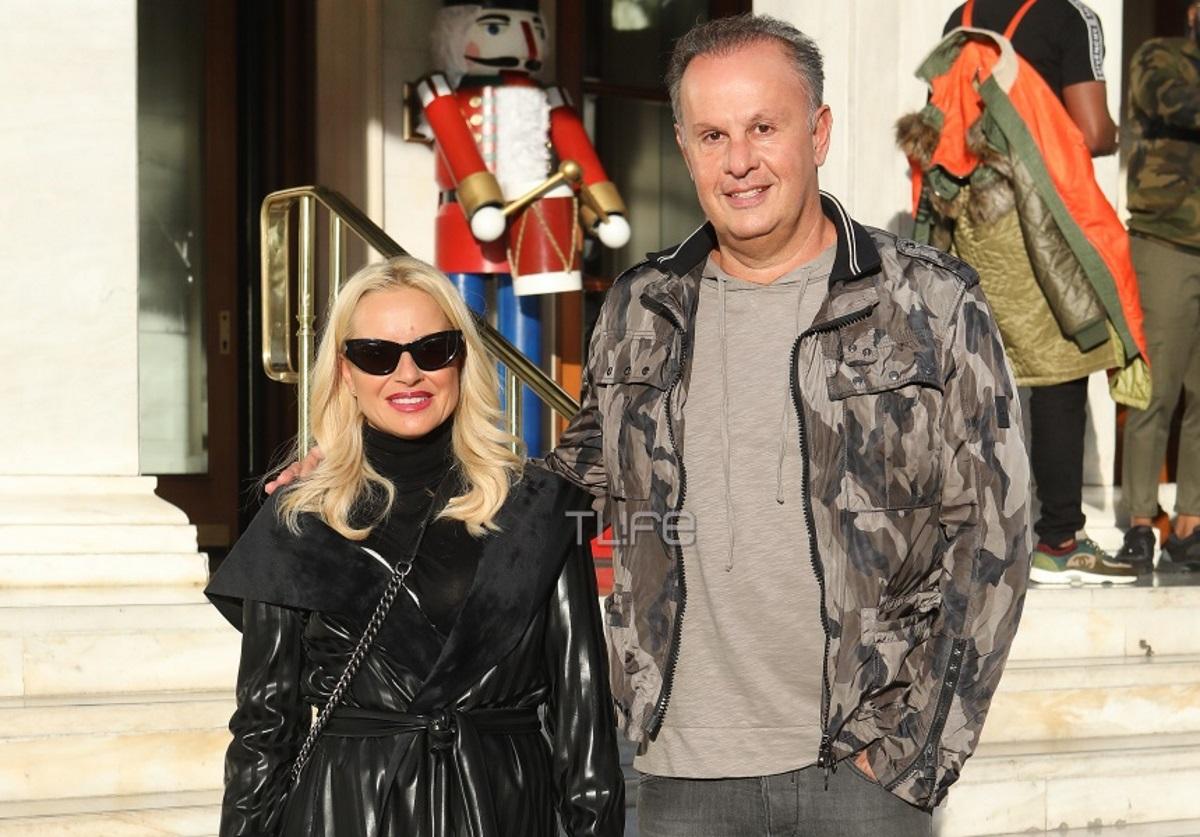 Μαρία Μπεκατώρου – Αντώνης Αλεβιζόπουλος: Βόλτες στη χριστουγεννιάτικη Αθήνα! [pics]