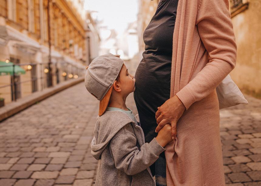 Έρχεται αδερφάκι! Πώς θα προετοιμάσεις το παιδί σου για αυτή την αλλαγή;