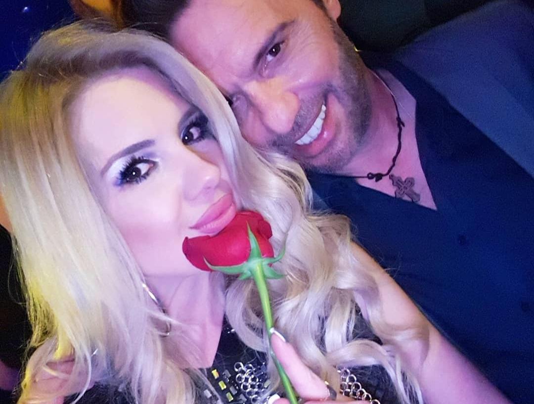 Σοφία Μαριόλα: Η ερωτική εξομολόγηση στον Στράτο Τζώρζογλου τη μέρα της γιορτής του!   tlife.gr