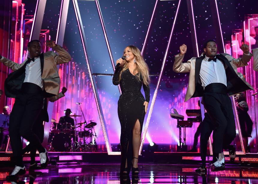 Η Swarovski και η Mariah Carey ενώνουν τις δυνάμεις τους για τις γιορτές! | tlife.gr