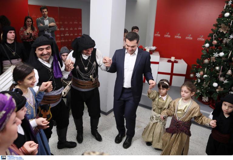 Αλέξης Τσίπρας: Χόρεψε ποντιακά στα γραφεία του ΣΥΡΙΖΑ, λίγο πριν φύγει για Παρίσι! [pics] | tlife.gr