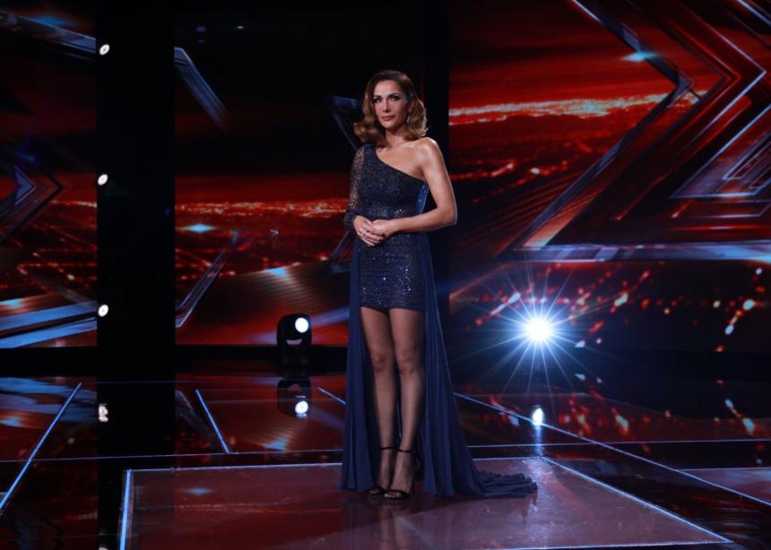 H Δέσποινα Βανδή με Couture φόρεμα!