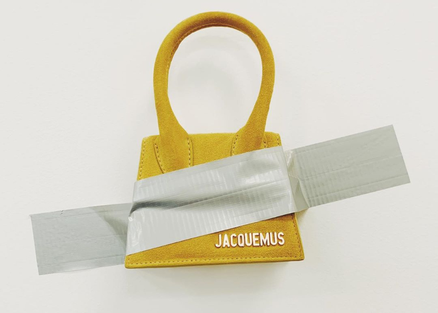 Οι tiny τσάντες Jacquemus έγιναν ακόμη πιο μικροσκοπικές!