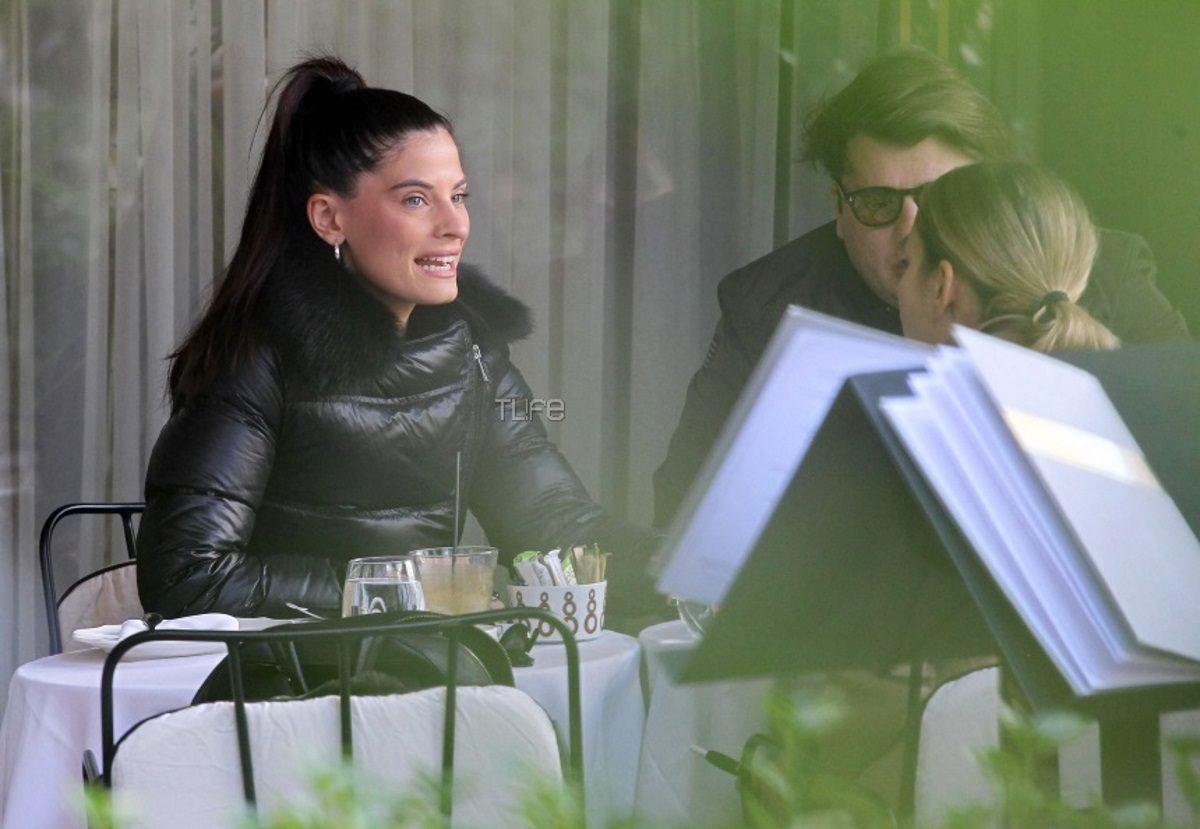 Χριστίνα Μπόμπα: Για καφέ στην Βουκουρεστίου με τους φίλους της! Τα νάζια στον φωτογραφικό φακό [pics] | tlife.gr