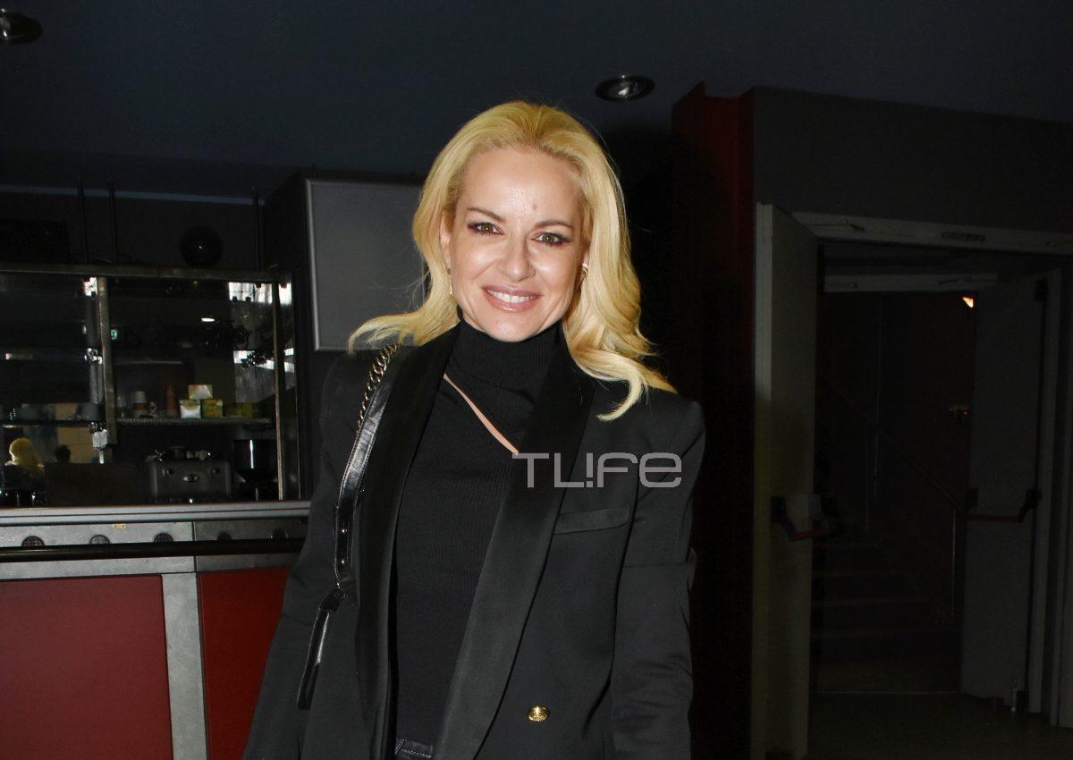 Μαρία Μπεκατώρου: Βραδινή έξοδος στο θέατρο! [pics]   tlife.gr