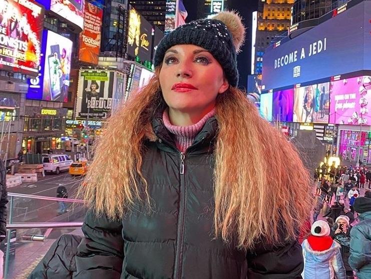 Πόπη Μαλλιωτάκη: Ποζάρει στην Αμερική και εντυπωσιάζει!   tlife.gr