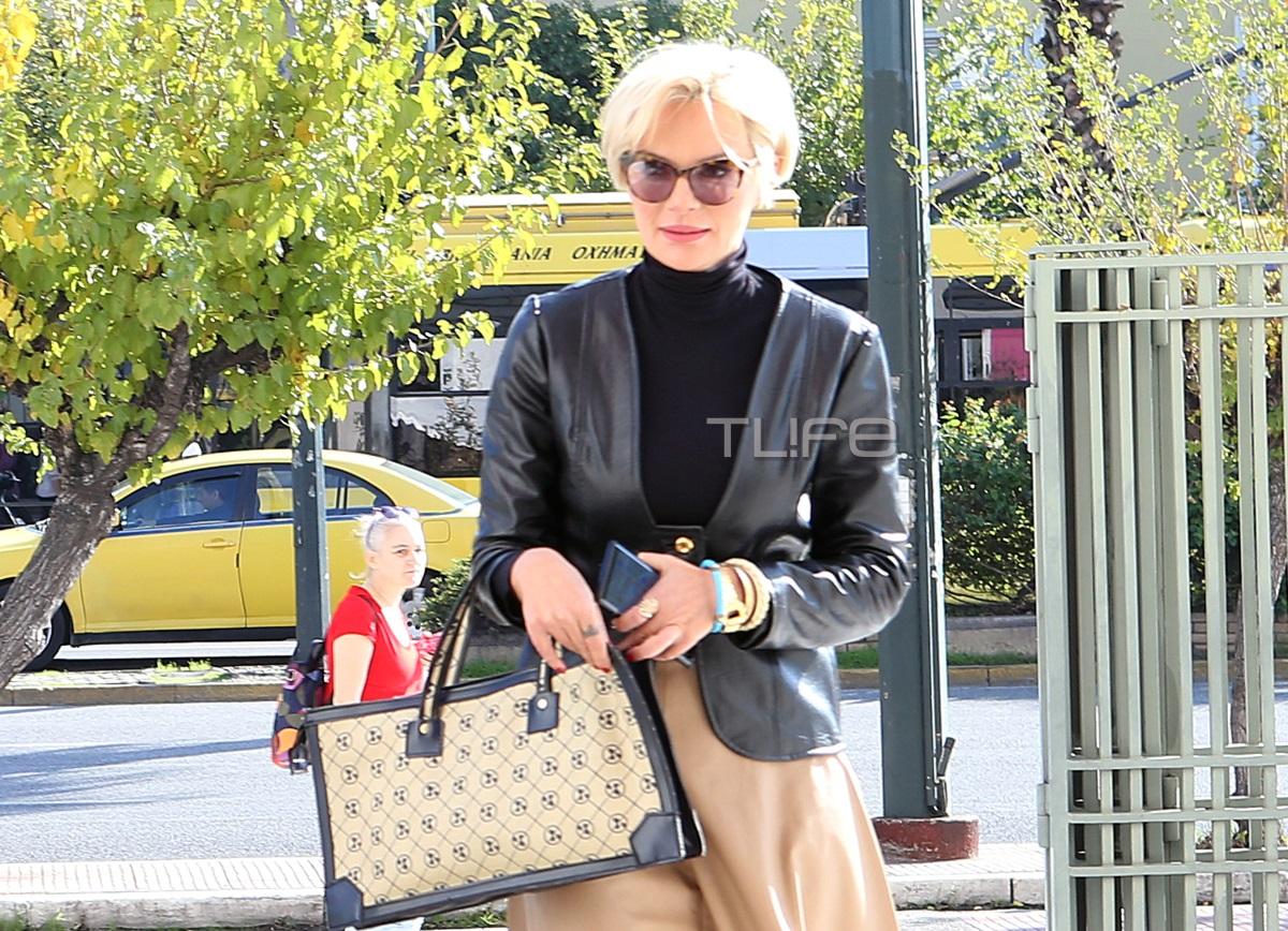 Έλενα Χριστοπούλου: Κομψή εμφάνιση στο κέντρο της Αθήνας! [pics]