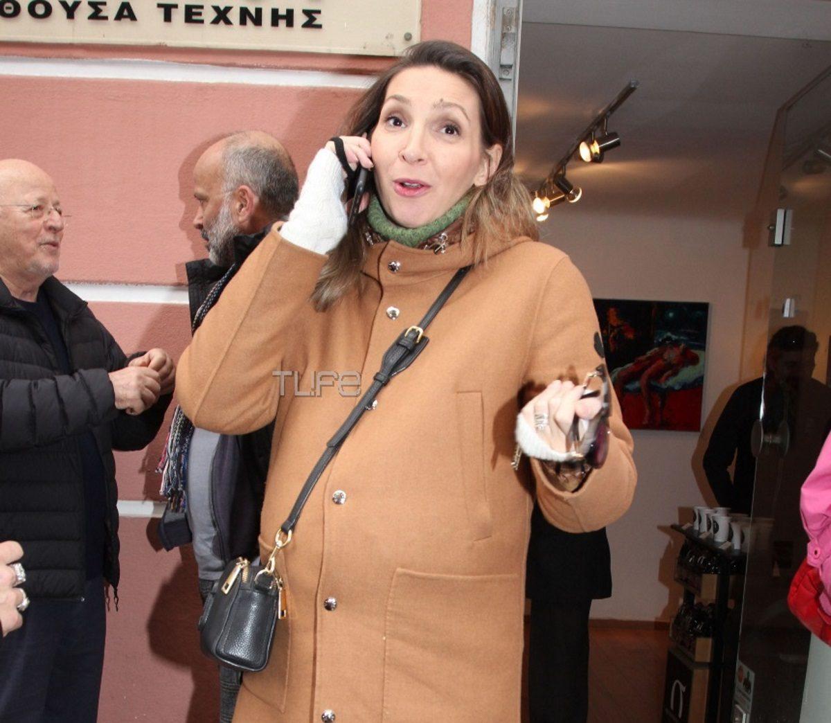 Φανή Χαλκιά: Σπάνια δημόσια εμφάνιση σε προχωρημένη εγκυμοσύνη! [pics] | tlife.gr
