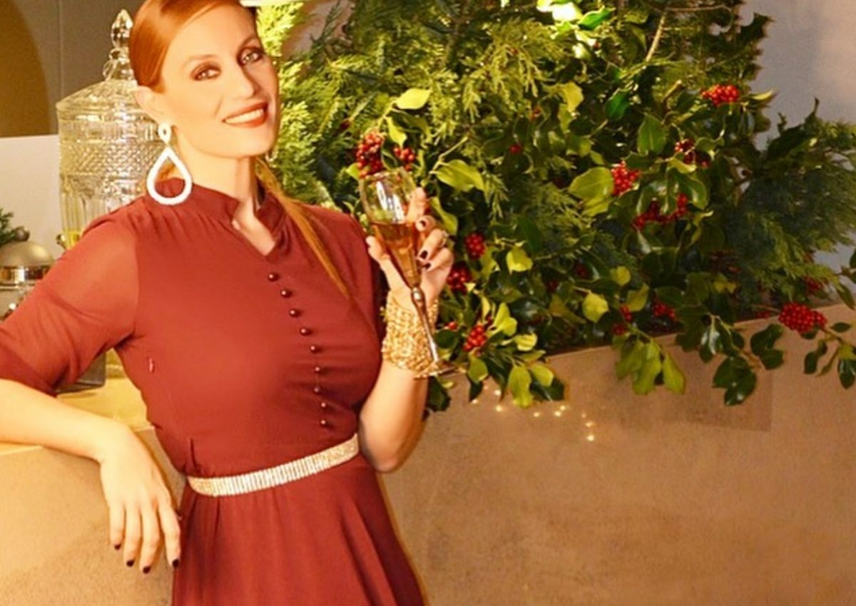 Ελεονώρα Μελέτη: To μήνυμα για την νέα χρονιά αγκαλιά με την κόρη της! | tlife.gr