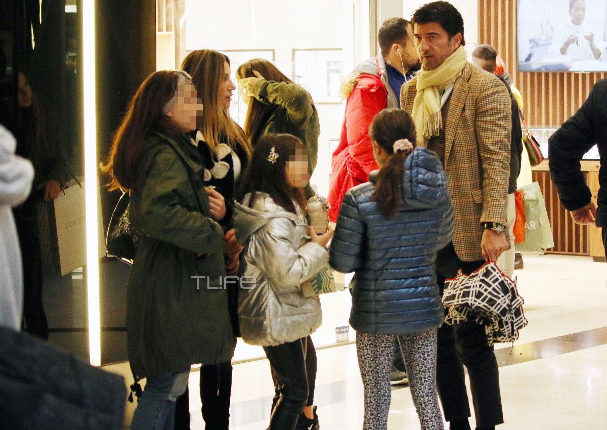 Ελένη Πετρουλάκη – Ίλια Ίβιτς: Σπάνια δημόσια εμφάνιση με τις τέσσερις κόρες τους! [pics] | tlife.gr
