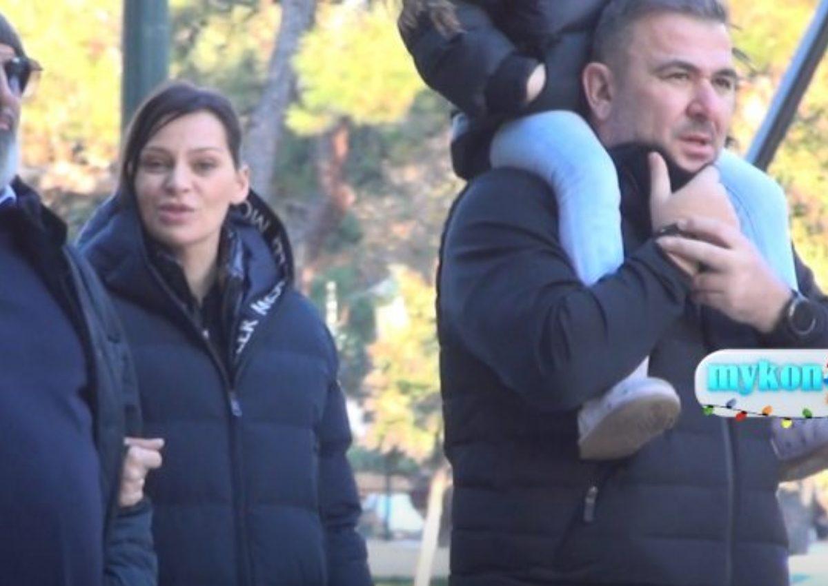 Daddy cool ο Αντώνης Ρέμος! Βόλτα στη Θεσσαλονίκη με την μικρή Έλενα στους ώμους του [video] | tlife.gr