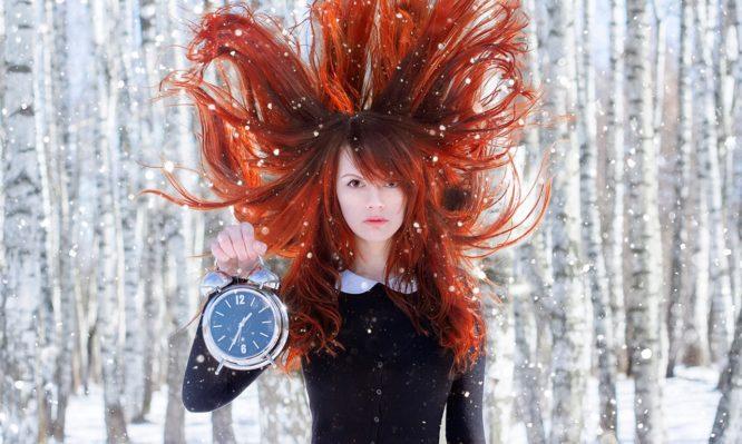Πώς επηρεάζει το κρύο τα μαλλιά σου! Τι πρέπει να κάνεις | tlife.gr