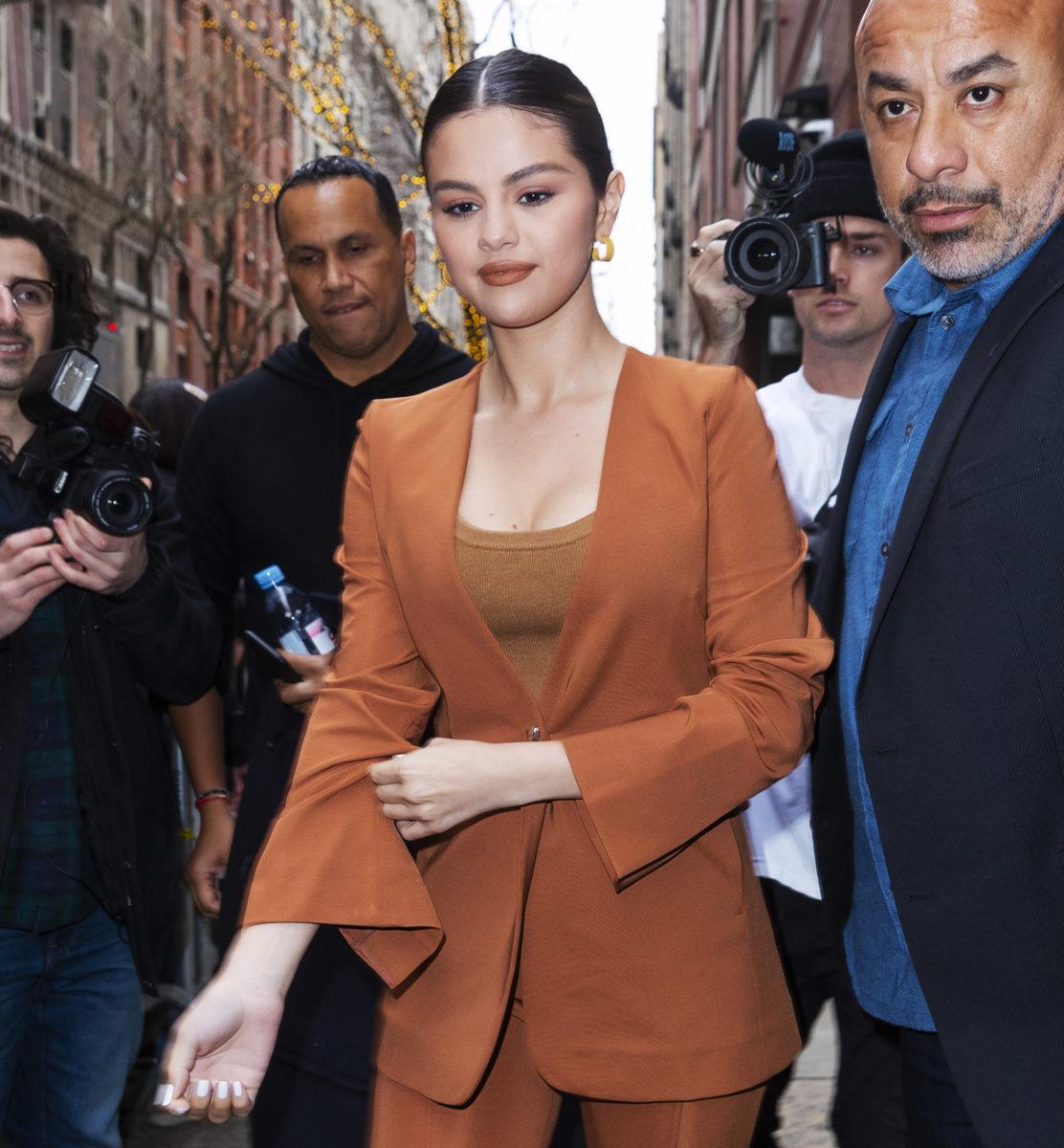Η Selena Gomez με το πιο… αναπάντεχο 60's χτένισμα που την έχουμε δει ποτέ!   tlife.gr