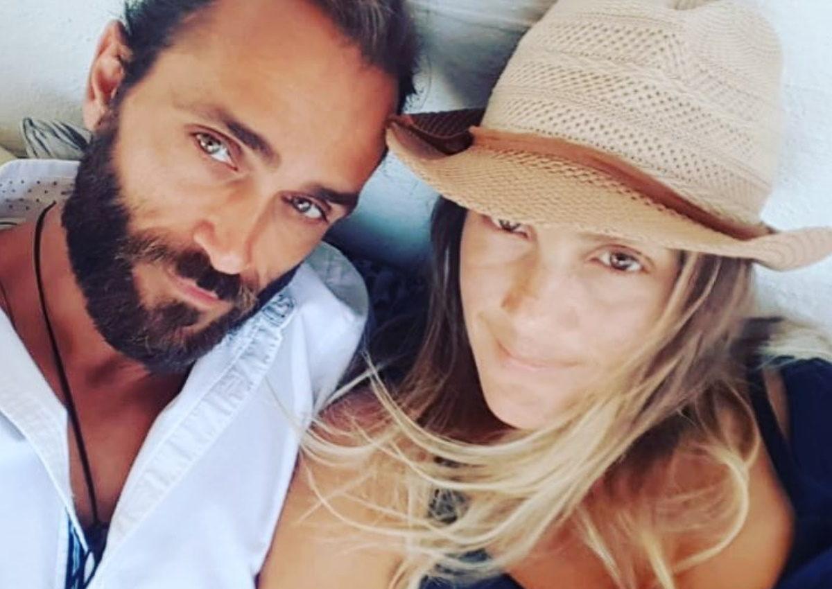 Τεό Θεοδωρίδης: Η σύζυγός του, Αγνή Μάρα, δημοσίευσε την πιο αποκαλυπτική φωτογραφία του! | tlife.gr
