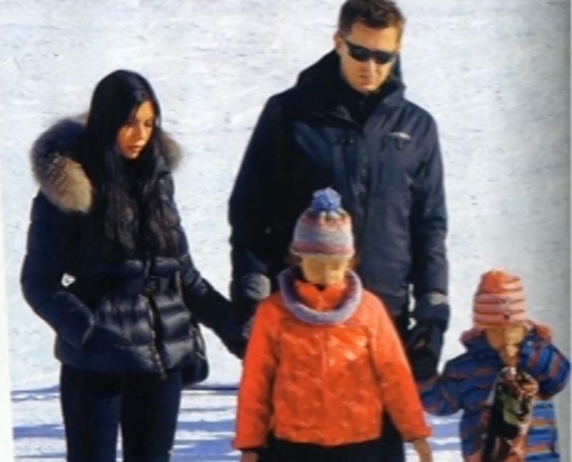 Αντώνης Σρόιτερ: Στα χιόνια με τις τρεις γυναίκες της ζωής του! | tlife.gr