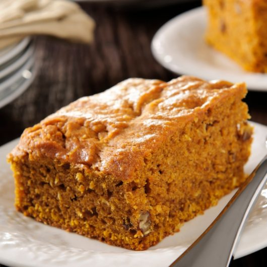 Εύκολο κέικ με κολοκύθα | tlife.gr