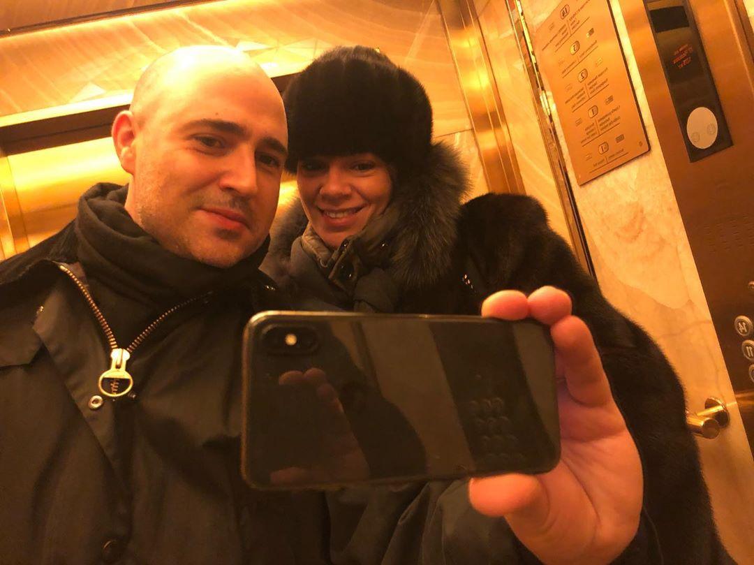 Kωνσταντίνος Μπογδάνος: Ταξίδι στη Μόσχα με την σύζυγό του! Φωτογραφίες