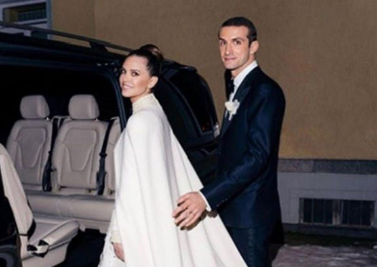 Σταύρος Νιάρχος – Ντάσα Ζούκοβα: Η πρώτη φωτογραφία του λαμπερού γάμου στο St Moritz!   tlife.gr