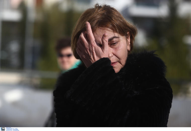 "Eλένη Τοπαλούδη: Ξέσπασε η μητέρα της στο δικαστήριο! ""Θα σας σκοτώσω με τα ίδια μου τα χέρια"""