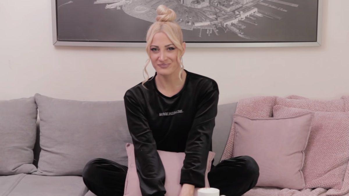 Απασφάλισε η Ιωάννα Τούνη: «Ψόφος κακός σε αυτούς που με λένε βίζιτα» [video] | tlife.gr