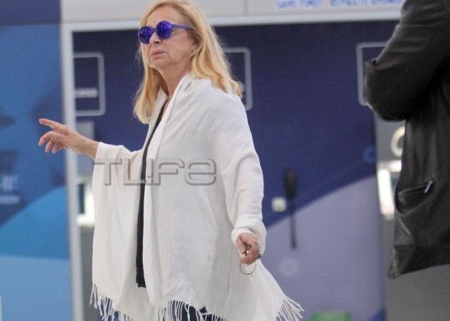 Άννα Φόνσου: Ανακοίνωσε ότι αποχωρεί από την παράσταση για λόγους υγείας!   tlife.gr